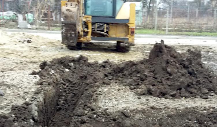 excavator lucrand la constructii case